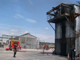 Training building for spread and growth (dynamic) fires. Photo copyright CNPP.